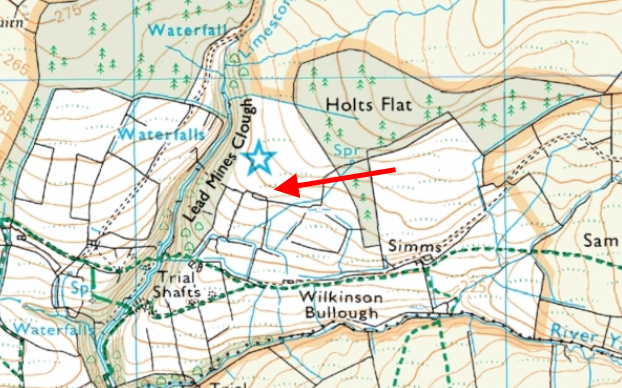 The ruin is not labelled on current mapping, but you can trace the outline by the rectangular field edge.