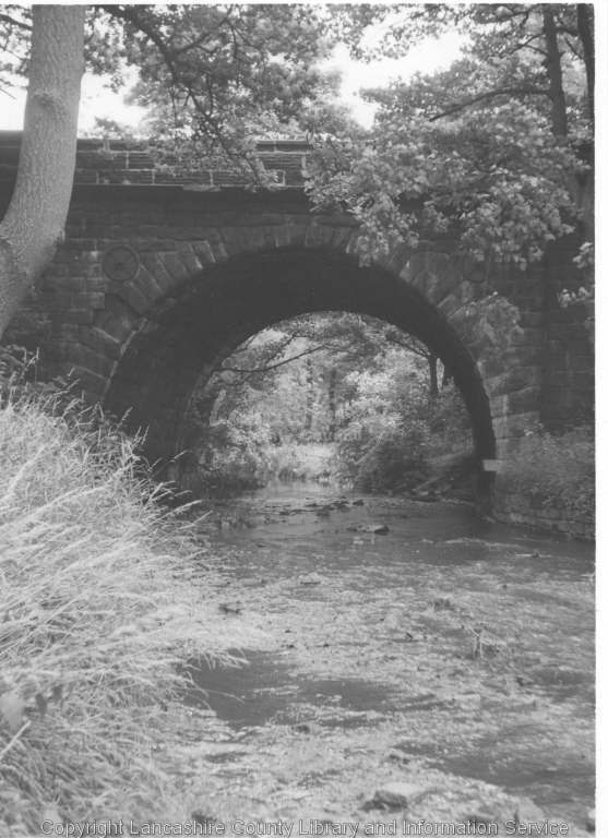 The Yarrow passes beneath the Leeds Liverpool Canal.